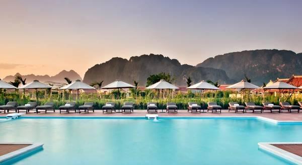 Hồ bơi của Resort Emeralda Ninh Bình