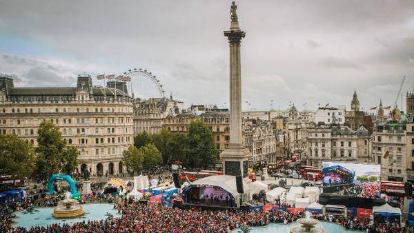 Quảng trường Trafalgar được xem là trái tim của London, Anh. Ảnh: Visitlondon.
