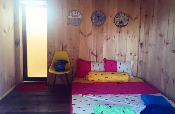 Đa dạng màu sắc bên trong mỗi Beach Hut