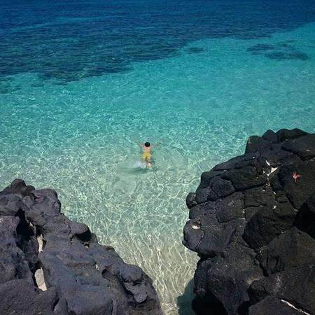 Khác với đảo lớn Lý Sơn, đảo An Bình lại có bãi tắm tuyệt đẹp. Ảnh:lamtom