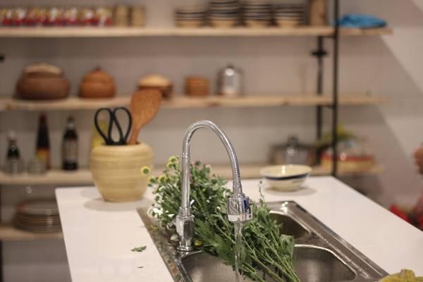 Ngoài ra, ở  Packo Hostel còn có lớp học dạy nấu ăn. Ảnh: packohostel