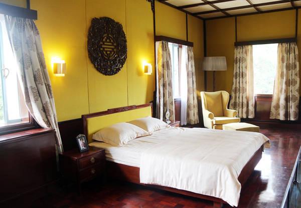 Giường ngủ của ông Nguyễn Văn Thiệu trong Dinh Độc Lập.