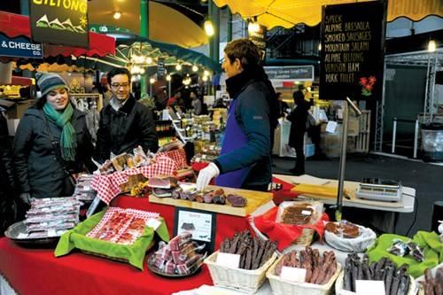 Tiệm bán thịt nguội, thịt xông khói ở Borough