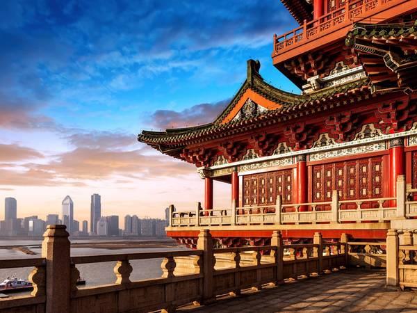 Bắc Kinh, Trung Quốc: Nên đặt phòng trước chuyến đi khoảng từ 2 - 6 tháng, bạn sẽ tiết kiệm được 16% tiền phòng khách sạn. Ảnh: Shutterstock / gyn9037