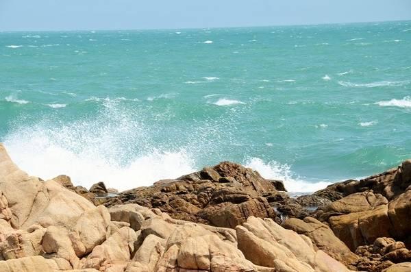 Có thể nói huyện Tuy An là trung tâm phát triển du lịch của Phú Yên, vì ở đây tập trung một số điểm đến nổi tiếng như gành Đá Đĩa, Bãi Xép, khu du lịch Sao Việt, đầm Ô Loan...