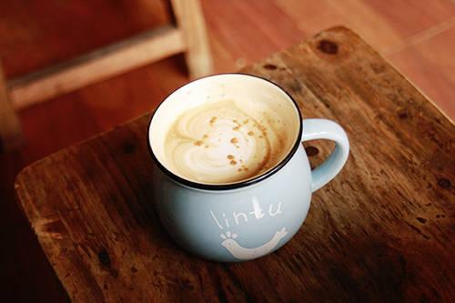 Mỗi tách cà phê mang ra cho thực khách đều chứa đựng cả tâm huyết và sự tỉ mỉ của người chủ. Ảnh: Phong Vinh