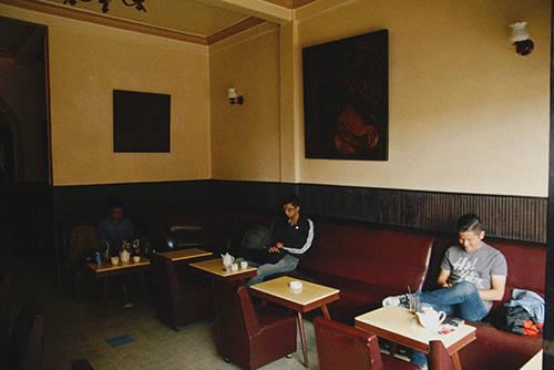 Quán cà phê Tùng là một trong những không gian lâu đời nhất nhì ở đất Đà Lạt. Ảnh: Phong Vinh