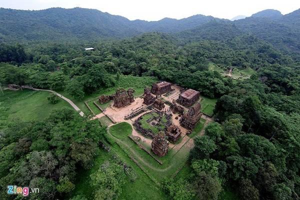 Thánh địa Mỹ Sơn được công nhận là di sản văn hóa thế giới tại Việt Nam vào năm 1999. Đây là thánh địa Ấn Độ giáo của vương quốc Chăm Pa cổ. Ảnh: Lê Hiếu.