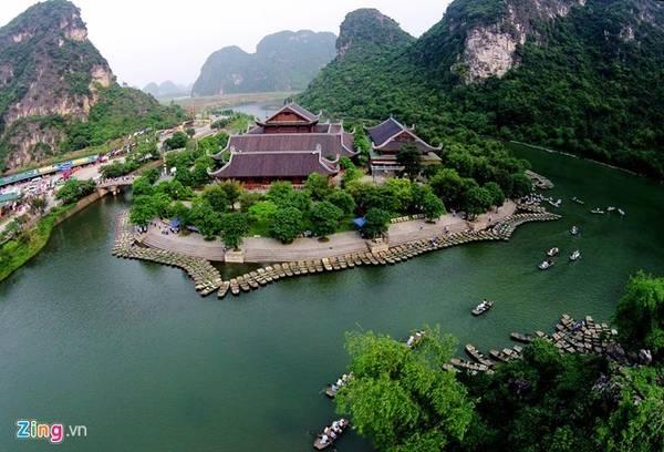 Các điểm dừng chân trong du di tích gồm cố đô Hoa Lư, quần thể hang động Tràng An, Tam Cốc - Bích Động. Ảnh: Mạnh Thắng.