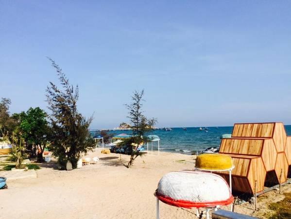 """Với nắng, gió, biển, cát trắng và khu nghỉ dưỡng đúng chất """"summer"""", những bạn trẻ năng động nhất định sẽ thích mê địa điểm này ngay từ cái nhìn đầu tiên.Ảnh: FBNguyễn Thị Lan Anh"""