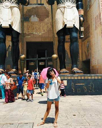 Ai Cập cổ đại Ancient Egypt là khu vực được xây dựng dựa trên bộ phim Xác Ướp Ai Cập, khu này có một trò chơi Revenge of the Mummy (sự trả thù của xác ướp). Ảnh:@kaniatriandra