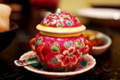 Đến Singapore, hãy thưởng thức hương vị của 3 nhà hàng nổi tiếng Peranakan.
