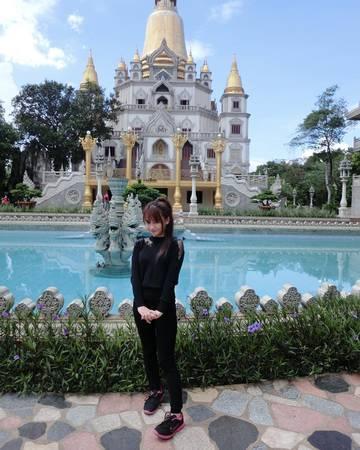 Ai đến thăm chùa Bửu Long cũng muốn lưu lại những bức hình đẹp. Ảnh:@Myy Nguyễn