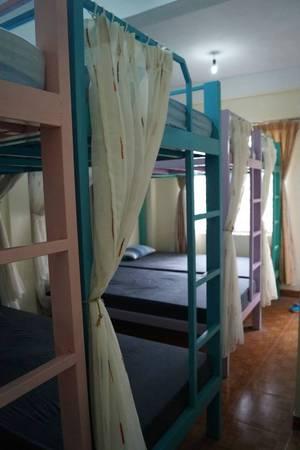 Hostel này có nhiều lựa chọn cho dành cho bạn từ phòng đôi riêng tư đến phòng dorm tập thể.