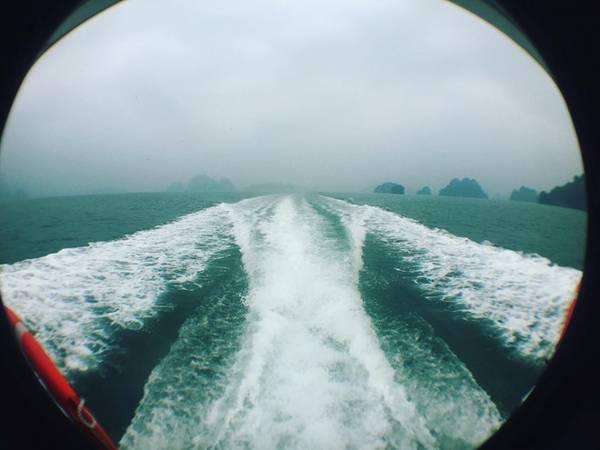 Trên tàu ra đảo Cô Tô.