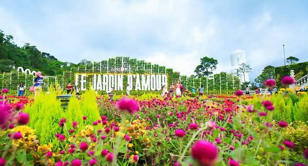 Vườn hoa Le Jardin D'Amour. Ảnh: lendang