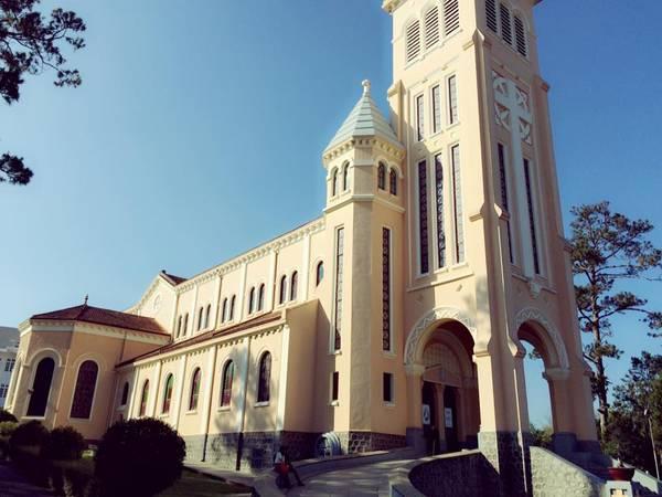 Nhà thờ Con Gà.