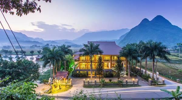 Mai Châu Lodge nhìn từ bên ngoài.