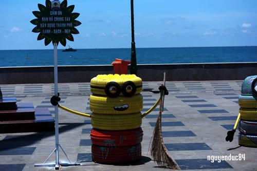 Đến Vũng Tàu những ngày này bạn sẽ bắt gặp một bờ biển rất đẹp không còn rác nữa. UBND thành phố đang quyết tâm xây dựng một thành phố du lịch biển Xanh – Sạch – Đẹp để thu hút du khách trong và ngoài nước.