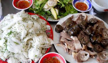 mon-ngon-dong-hanh-tren-cac-cung-duong-mien-trung-ivivu-5