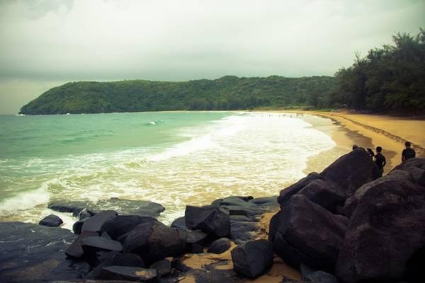 Đây là điểm đến lý tưởng cho các hoạt động dã ngoại, tắm biển, ngắm san hô và dạo biển ngắm hoàng hôn. Ảnh: Trần Minh Sướng.