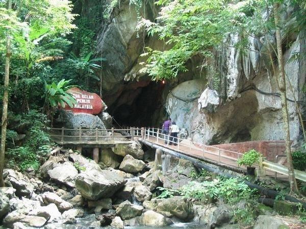 7. Khám phá Gua Kelam: Nằm cách thủ phủ Perlis, Kangar 33 km về phía bắc là một trong những hang đá vôi đặc biệt nhất ở Malaysia mang tên Gua Kelam. Thị trấn gần đó nhất là Kaki Bukit. Ảnh: Malaysiasite.
