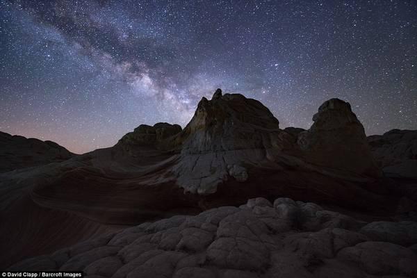 Tại những khu vực hẻo lánh, sao trời như sáng hơn do không bị ô nhiễm ánh sáng.