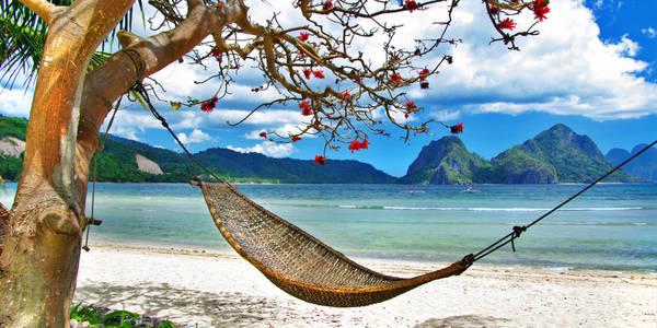 Khung cảnh bình yên đầy thơ mộng ở Palawan. Ảnh: Hotelstravelbeachresort.com