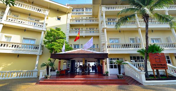 Khách sạn mang ảnh hưởng của phong cách kiến trúc Pháp.