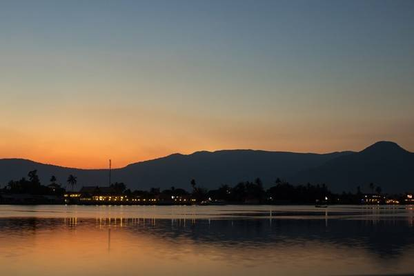 Sông Teuk Chhou thơ mộng và huyền bí. Ảnh: Richard Mark Smith.