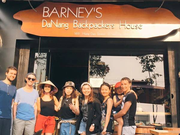 Barney's Da Nang BackPackers House-ivivu-4