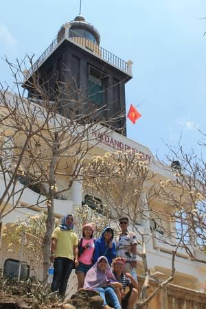 Hải đăng Phú Quý. Ảnh: San San