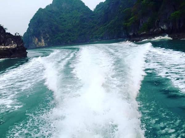 Cô Tô cách cảng Cái Rồng (huyện Vân Đồn, Quảng Ninh) khoảng 90 phút đi tàu cao tốc, có sức hút lớn đối với bất cứ ai đam mê du lịch.