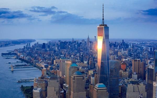 6. Trung tâm thương mại One World, New York, Mỹ (541,3 m): Chiều cao của tòa nhà này tính theo đơn vị bộ (feet) là 1.776, con số biểu tượng cho sự tự do và hồi sinh. Đây là tòa nhà cao nhất khu vực Tây bán cầu, được dựng trên đài tưởng niệm 11/9 ở New York với chi phí 3,9 tỷ USD.