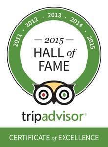 """Giải thưởng Danh Giá cho 5 năm liên tiếp đạt """"Chứng nhận Xuất sắc"""" do độc giả của trang web du lịch TripAdvisor bình chọn"""