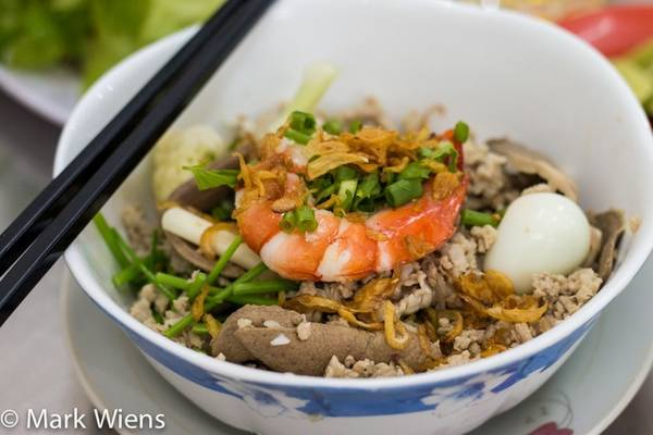 Blogger Mỹ gợi ý 10 món ăn ngon nên thử khi đến du lịch Sài Gòn