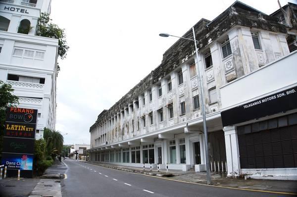 Du ngoạn thành phố cổ Penang trên xe máy