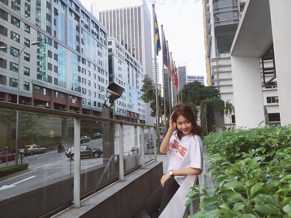 kha-ngan-me-an-mi-xao-lai-xe-dia-hinh-o-malaysia-ivivu-19
