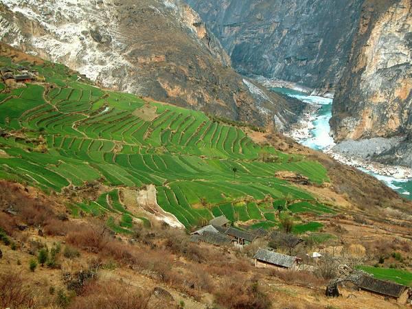 Vực Hổ Nhảy là một phần của Tam Giang Tịnh Lưu đã được UNESCO công nhận là di sản thiên nhiên thế giới năm 2007. Ảnh: Wikipedia