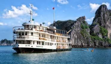khong-o-khach-san-resort-du-lich-ha-long-la-phai-o-du-thuyen-sang-chanh-nhu-the-nay-ivivu-10