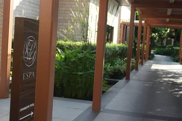 ESPA nằm ngay bên cạnh Equarius Hotel vàBeachVillas củaResorts World Sentosa