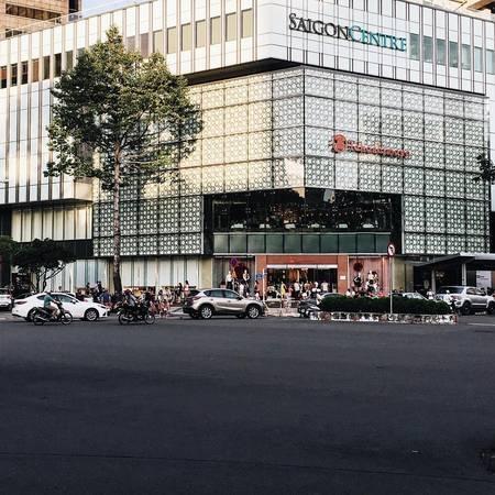Trung tâm Takashimaya nhìn từ bên ngoài. Ảnh:@flycupcakegarden