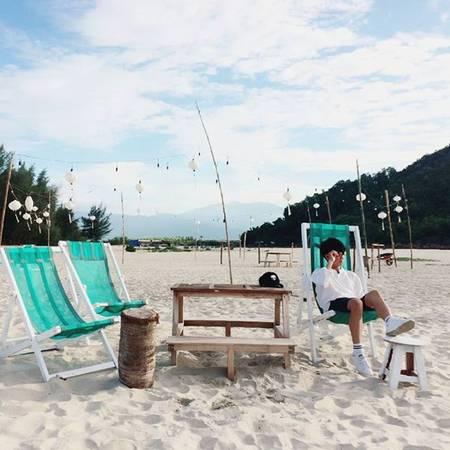 Dua nhau checkin Canh Duong Beachcamp khu cam trai moi toanh o Hue