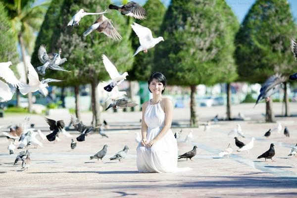 Công viên Biển Đông thu hút rất nhiều người đến chụp ảnh. Ảnh: dulichdanang