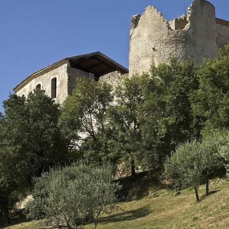 Khu nhà ma ám của các Hiệp sĩ dòng Đền tại Gréoux-les-Bains - Ảnh: linternaute