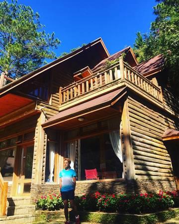 Toàn bộ kiến trúc ngôi nhà được thiết kế từ gỗ.Ảnh: thien_sky