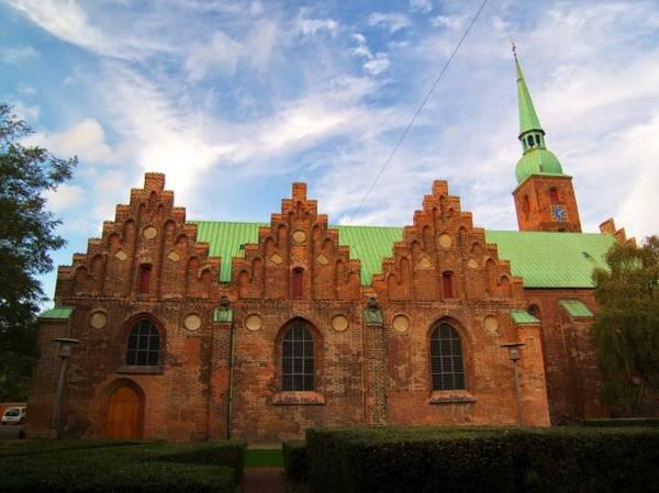 Nhà thờ Đức Bà Aarhus - Ảnh: blogspot