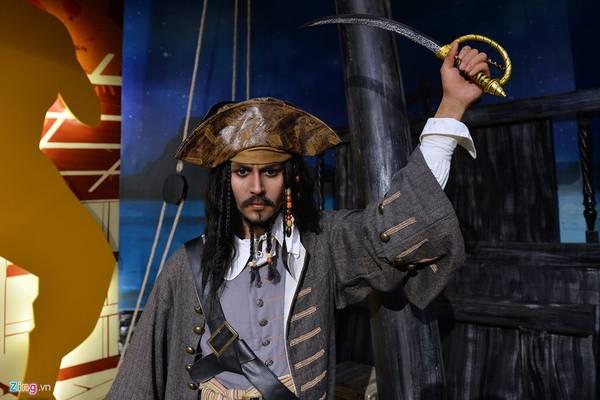Johnny Depp, người nổi tiếng với vai Jack Sparrow trong phim Cướp biển vùng Caribbean.