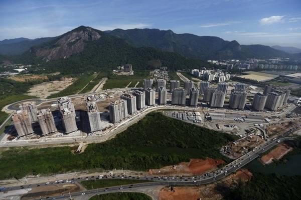 Làng vận động viên nằm ở khu Barra de Tijuca, phía tây Rio.