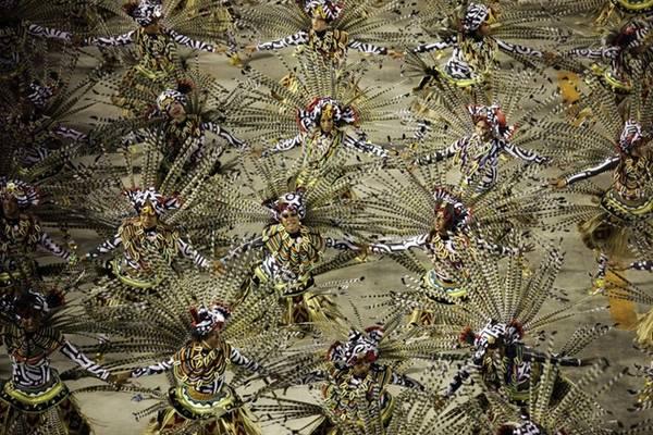 Sự kiện nổi tiếng nhất của thành phố - lễ hội đường phố Rio Carnival- kéo dài 6 ngày, có lịch sử từ năm 1723.